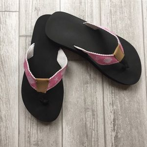 Shoes - Beachy Flip Flops